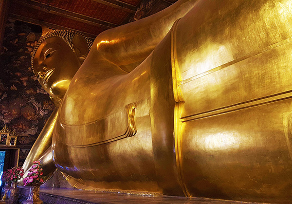 Bangkok - Buddha sdraiato